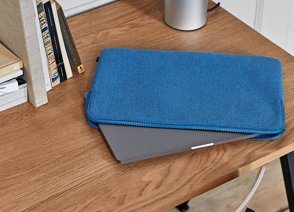 HUE LAP TOP COVER 15,6""